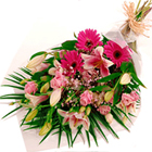 send gifts to bangladesh, send gift to bangladesh, banlgadeshi gifts, bangladeshi Xclusive Hand Bouquet