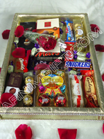 send gifts to bangladesh, send gift to bangladesh, banlgadeshi gifts, bangladeshi Exclusive Valentines Chocolate Basket